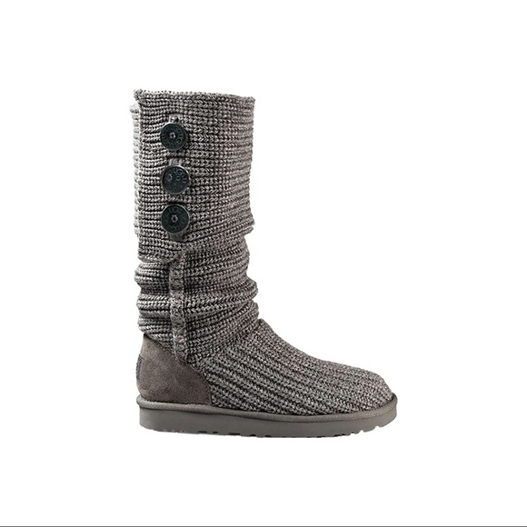 UGG Classic grey carry knit boot size 9
